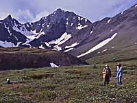 Photo of former Macoun Club member Jen Line with Arnold Gaertner in Kluane National Park in 2000