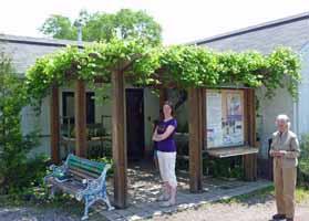 Photo of entrance to Fletcher Wildlife Garden building